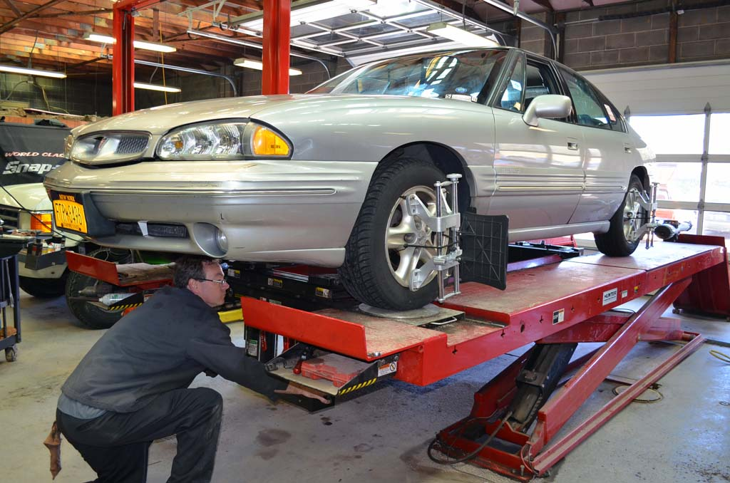 How Much Is A Wheel Alignment >> How Much Does Wheel Alignment Cost for Your Car or Truck? - Whats the Cost?